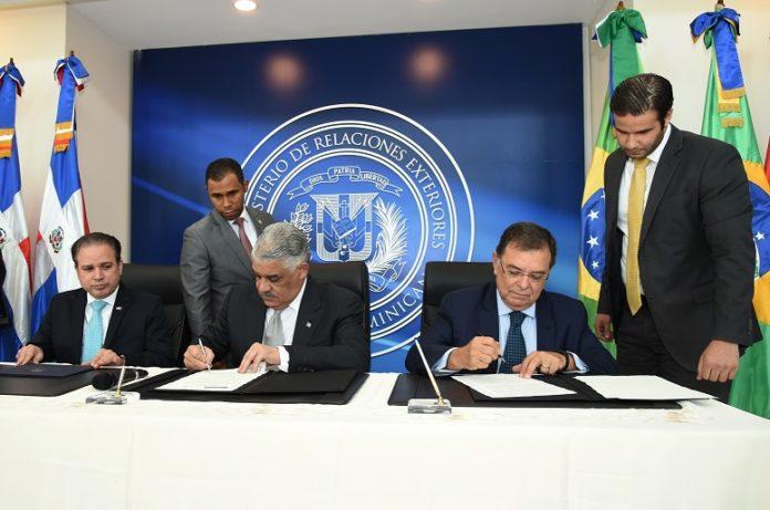 Photo of República Dominicana y Brasil acuerdan fortalecer comercio e inversión bilateral
