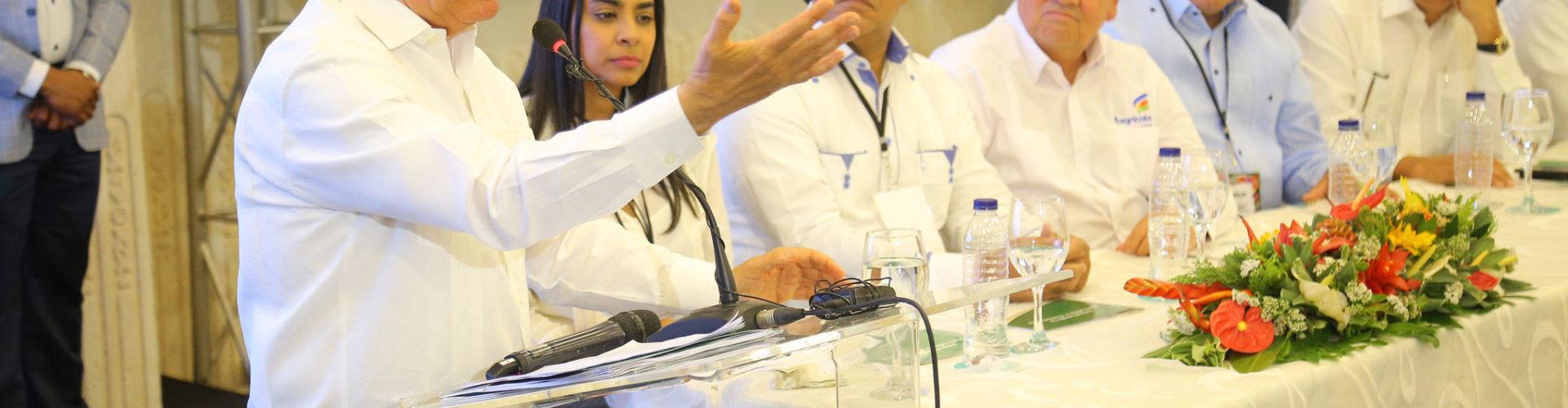 Presidente Medina dice RD está viviendo el modelo económico ideal