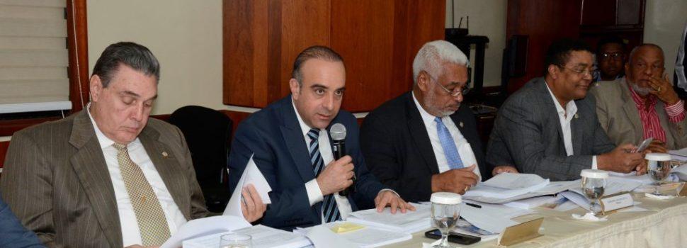 Comisión Bicameral revisa artículos sobre JCE en Ley Orgánica del Régimen Electoral