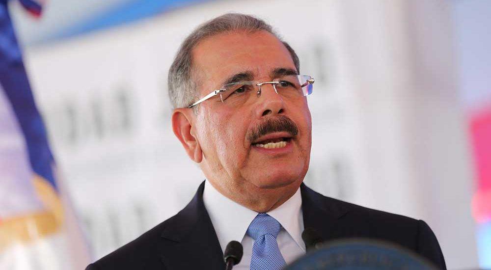 Photo of Medina confirma al gobernador del BCRD y designa nuevos embajadores en Corea y Suiza