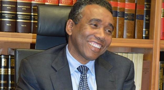 PLD suspendió a Félix Bautista acusado por EEUU de corrupción pero Justicia no procedió a Juicio político