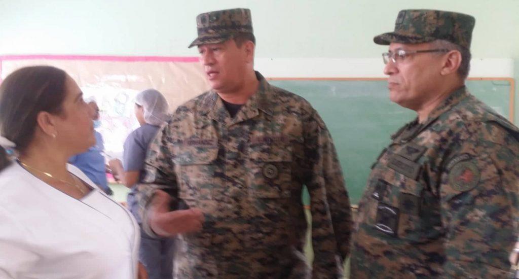Photo of ERD realiza operativo médico en escuela sector Villa Verde SDO