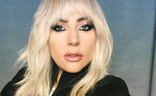 En sus inicios Lady Gaga fingía ser su propia manager para intentar que la contrataran para conciertos.