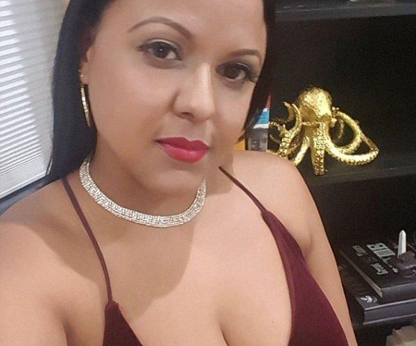 Tipo roba vestido de novia a dominicana una semana antes de casarse
