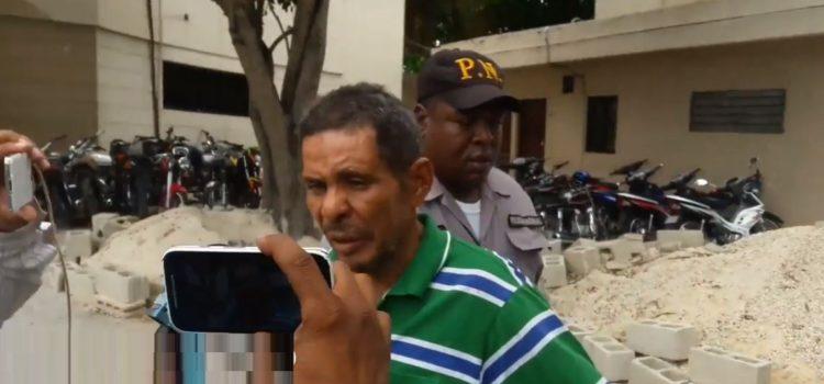 Hombre acusado de violar a su madre que luego murió rompe el silencio y mira lo que dice ahora…