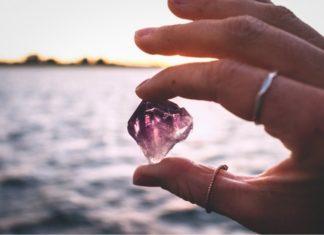 Photo of Ten estas piedras siempre cerca de ti para mantenerte limpio de envidia y malas energías
