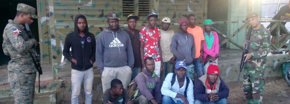 Detienen a 51 haitianos ilegales deambulaban por calles