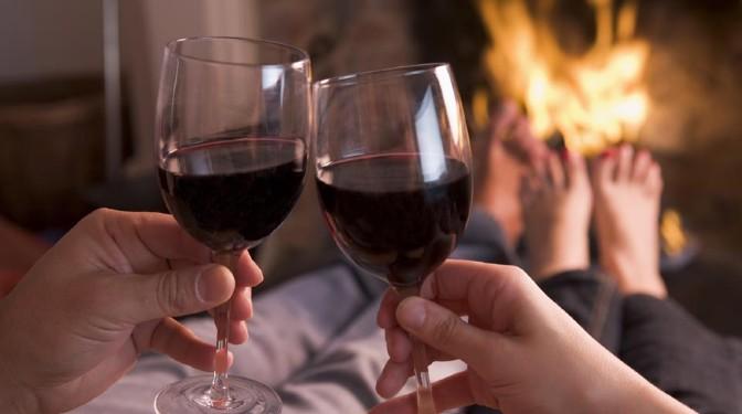 Por qué debes beber una copa de vino tinto al día
