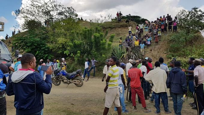 Photo of Identifican a un haitiano causante de retención de dieciocho dominicanos