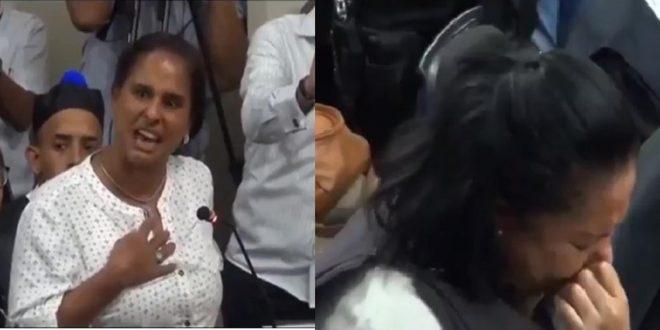 Photo of El momento donde el país entero lloró junto a la madre de Emely cuando ella se dirige a Marlon y Marlin en este fuerte video.