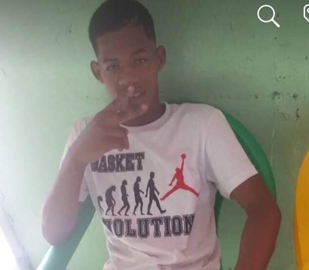 Photo of Matan hombre a tiros desde un motor en marcha en sector 27 de febrero