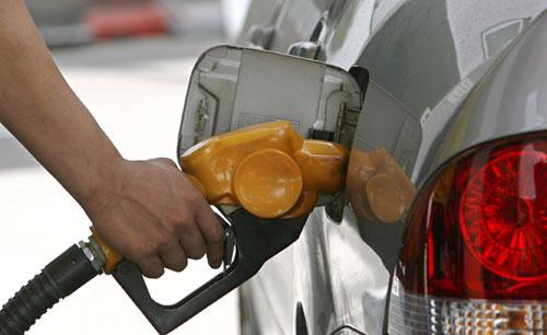 Photo of Gobierno rebaja precios combustibles por séptima semana consecutiva