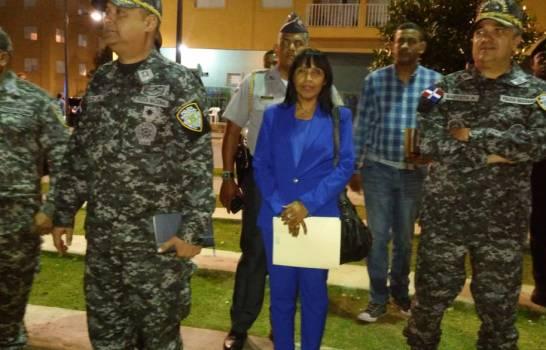 Photo of Director de la Policía visita la Nueva Barquita