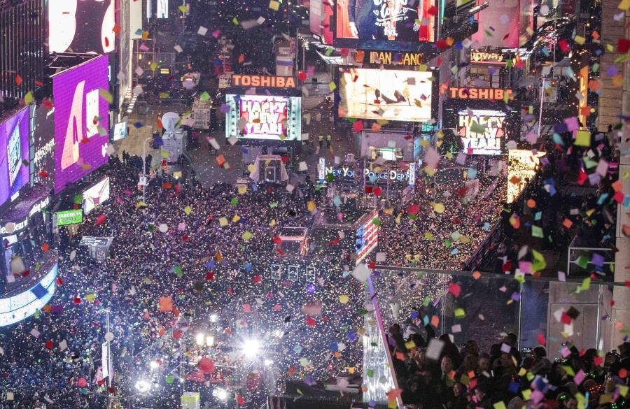 Photo of Miles esperarán la llegada del año nuevo en Times Square