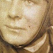 El misterio del héroe anónimo de la Segunda Guerra Mundial enterrado en una pequeña ciudad de Córdoba