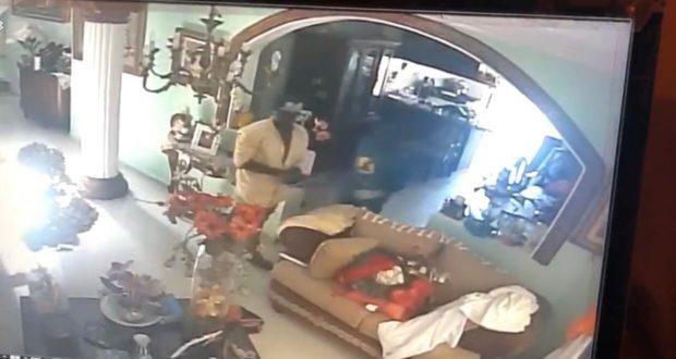 Photo of Dos haitianos intentan asesinar a una señora dominicana y roban en su vivienda