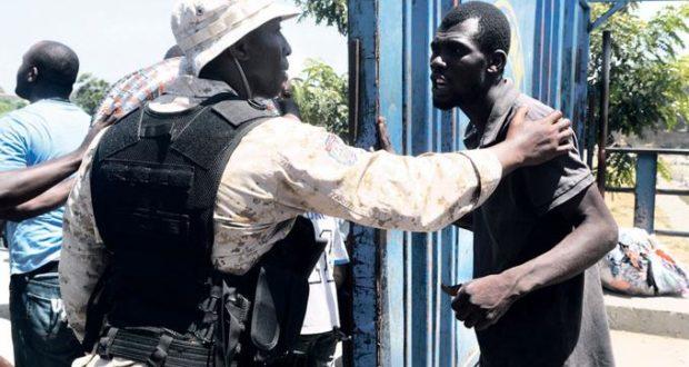 Photo of Un haitiano indocumentado es apresado por la PN mientras abusaba de un niña