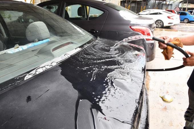 Photo of Lavaderos de autos siguen operando con normalidad pese a aguda sequía