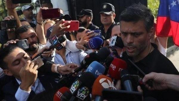 Photo of VIDEO DE ÚLTIMO MINUTO Leopoldo Lopez dice se reunió con generales
