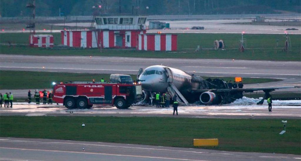 Photo of Las autoridades confirman 41 muertos en el avión accidentado en Rusia