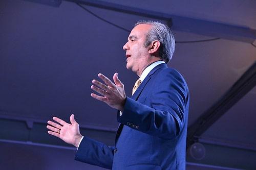 Photo of La encuesta Gallup-HOY muestra un fuerte deseo de cambios políticos: Análisis de Juan Bolívar Díaz