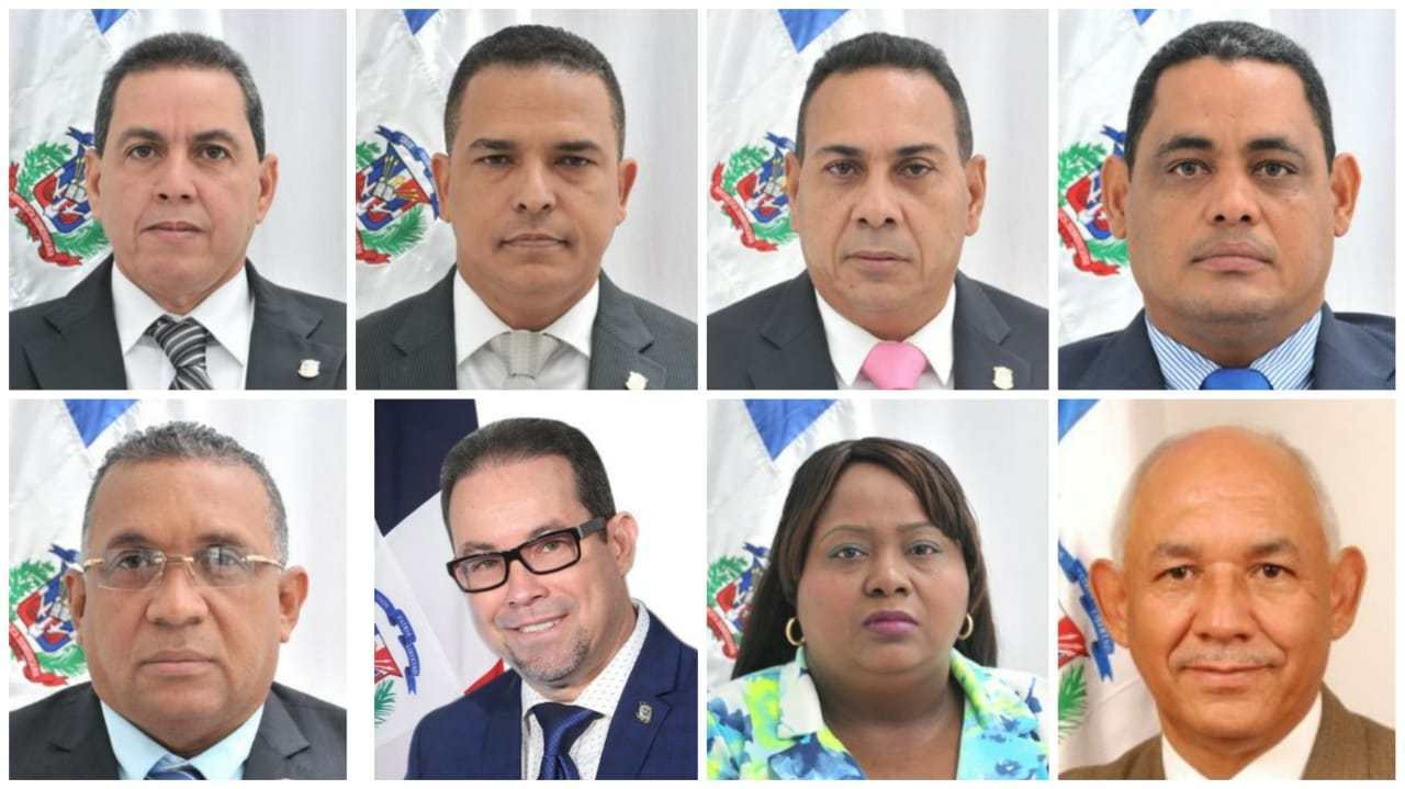 Photo of Desmienten 8 diputados del PRM cogieron RD$30 millones para pasar al PRD y votar a favor de reelección Danilo Medina