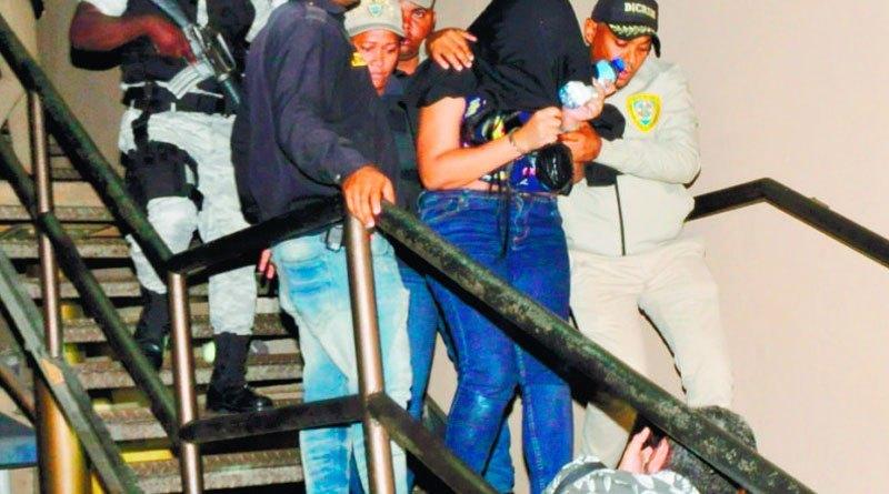 """Photo of Familiares de """"La Venezolana"""", imputada en caso David Ortiz denuncian irregularidades en el proceso"""
