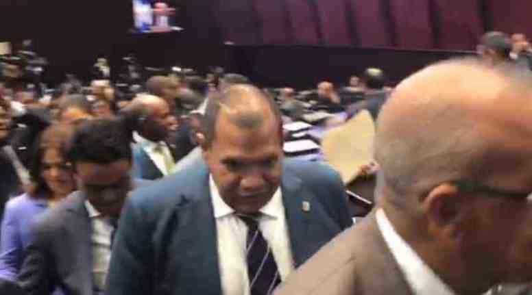 Photo of Leonelistas se retiran de la sesión en la Cámara de Diputados