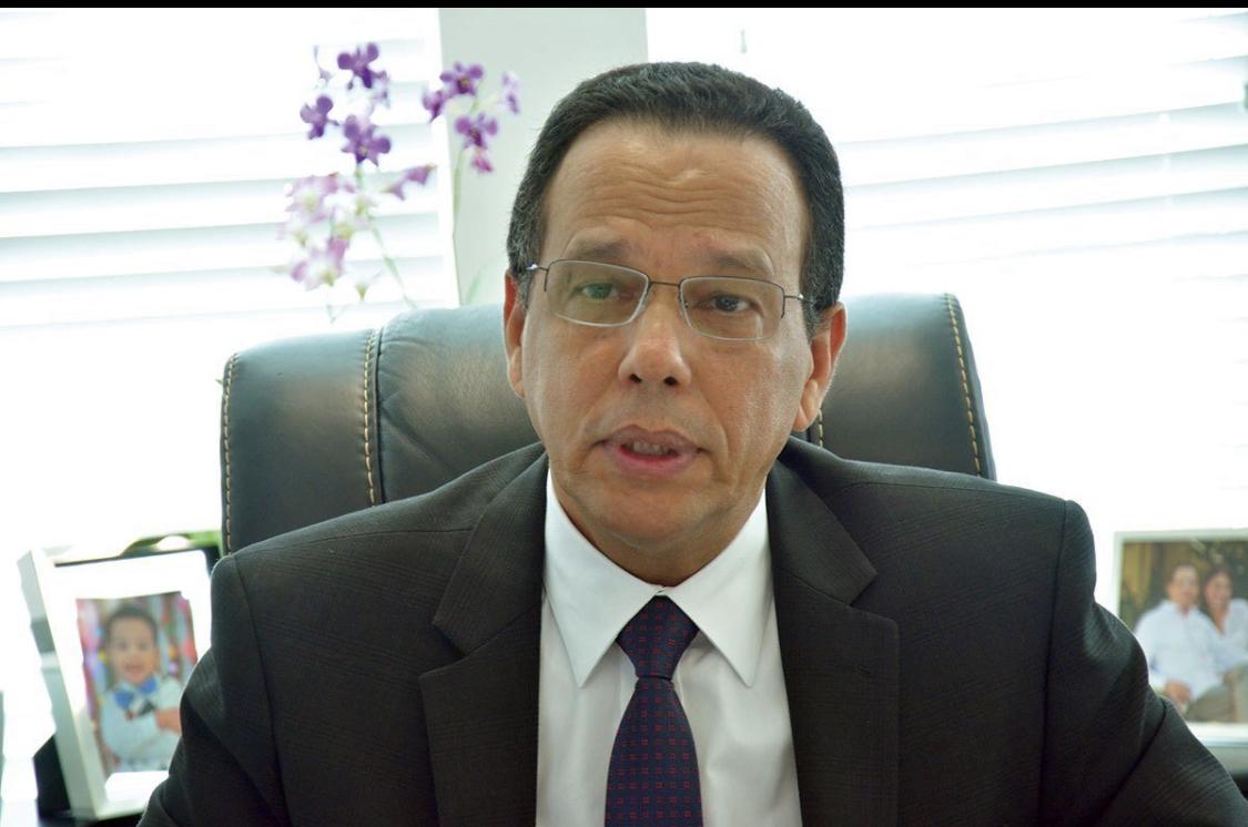 Photo of Ministro de Educación no leerán la Biblia en las Escuelas por respeto a niños haitianos