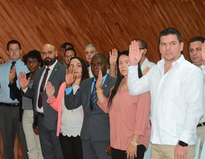 Photo of Juramentan a 30 extranjeros como ciudadanos dominicanos