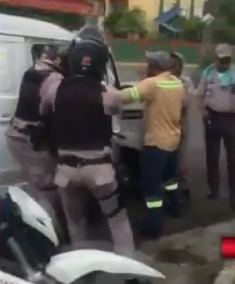 Photo of Policías y técnicos protagonizan incidente en sector Los Mameyes