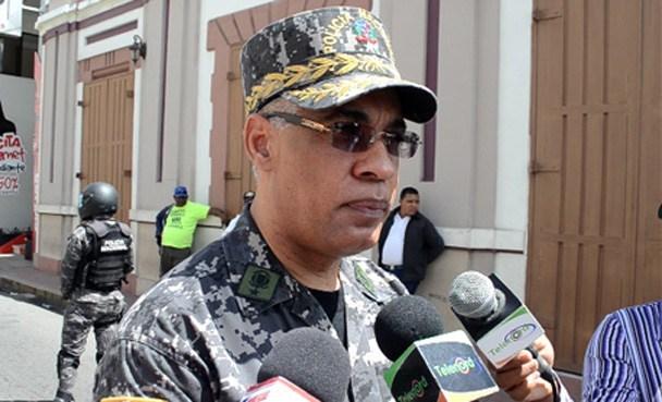 Photo of Menor que denunció a general, también somete por abuso psicológico a subdirector PN
