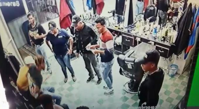 Photo of POR SEGUNDA VEZ: Interrogan a dos propietarios y un empleado de la barbería de Villa Vásquez
