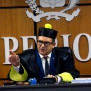 TSE decide hoy de urgencia si invalida a Leonel e Hipólito