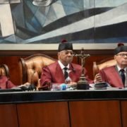 "Tribunal Constitucional elimina el voto de ""arrastre""."