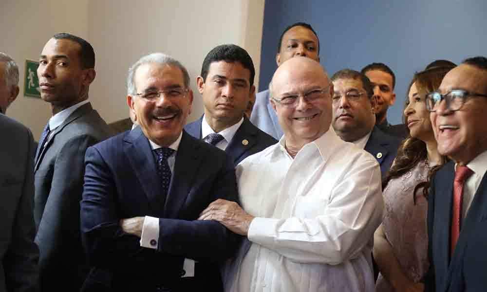 Photo of Hipólito dice habilitación de Danilo en el 2024 es una «cuestión de justicia»