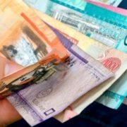 Comerciantes pagan aumento del salario mínimo, pero a su manera