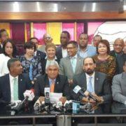Leonelistas condenan violación de pacto y reelección de Radhamés Camacho como presidente de la Cámara de Diputados