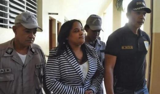 Dictan 6 meses prisión preventiva a exfiscal y agentes de Villa Vásquez
