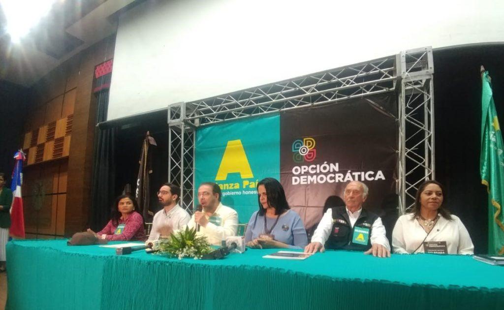 Photo of Alianza País y Opción Democrática anuncian su decisión de fusionarse en una sola estructura política