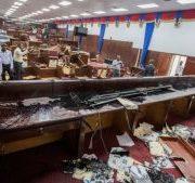 HAITI: Diputados destruyen mobiliario para impedir ratificación gobierno