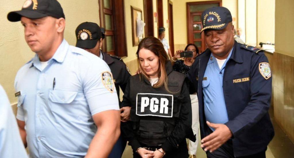 Photo of Marisol Franco, pareja de César el Abusador, ya está en la cárcel de Najayo