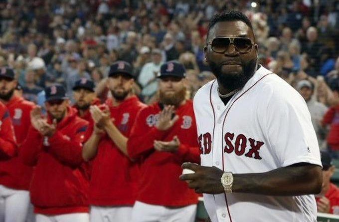 Photo of David Ortiz volvió a Boston e hizo el 1er lanzamiento