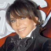 TRAS ACUSACIONES GAY: Verónica Castro anuncia su retiro del arte con una canción de su hijo Cristhian