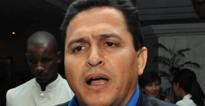 Excónsul dominicano es acusado de utilizar su cargo para traficar drogas