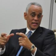 Presidente Copppal llama a sancionar compra votos; «es un tipo de fraude»