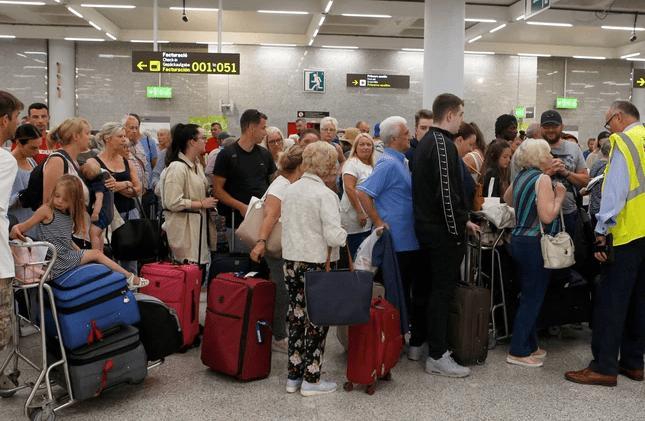 Photo of Quiebra gigante agencia de viajes. 600,000 turistas afectados