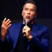 """Schwarzenegger: """"Trump es un Terminator, quiere acabar con progreso y futuro"""""""
