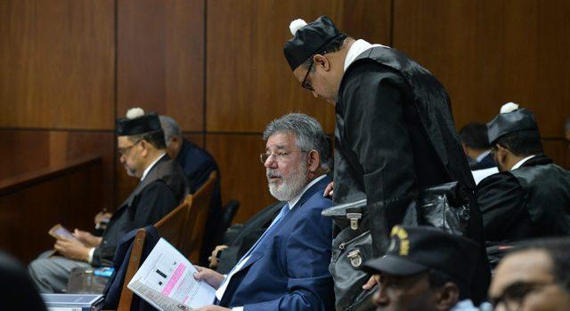 Photo of Abogado de Víctor Díaz Rúa recusa a presidente de la Suprema y 4 jueces más