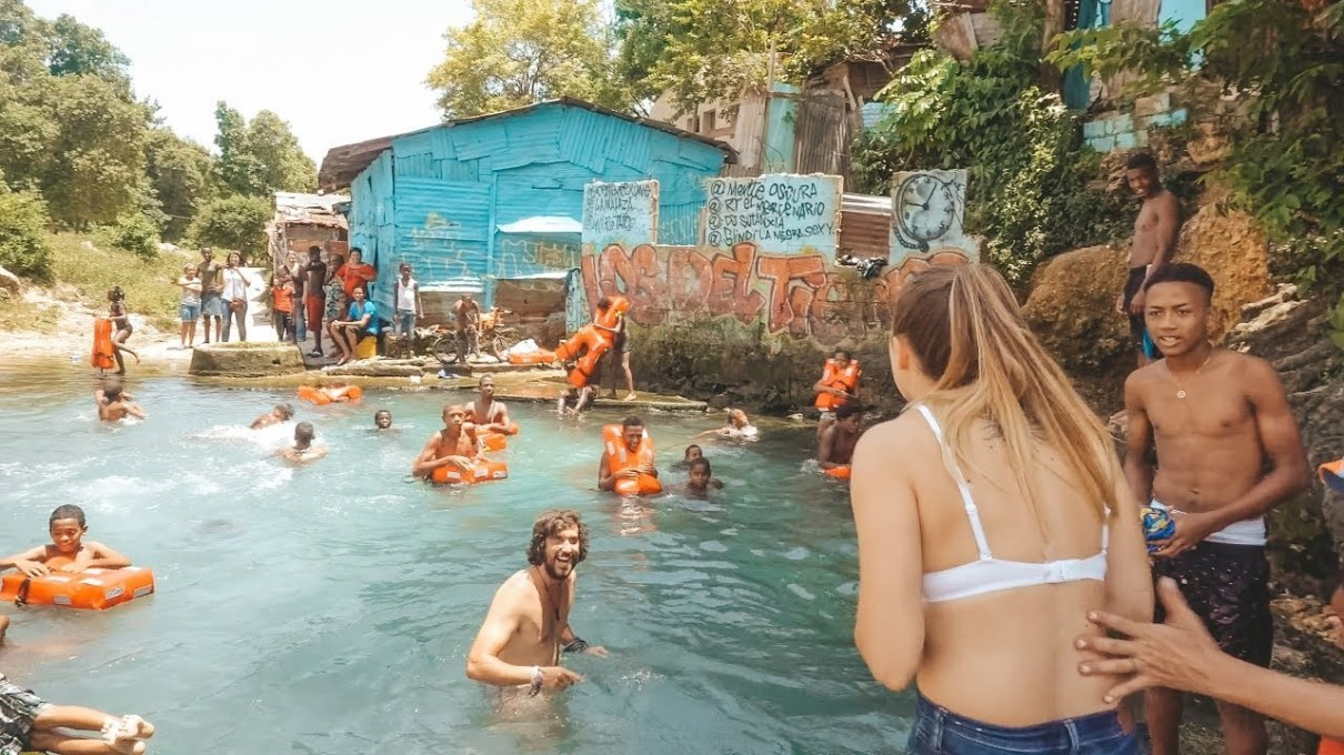 Photo of Otro grupo de turistas en Gualey